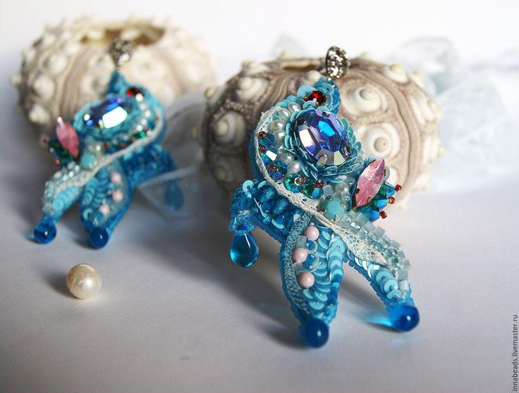 """Купить Вышитые серьги """"Флора"""", серьги с кристаллами - голубой, серьги ручной работы, серьги с подвесками"""