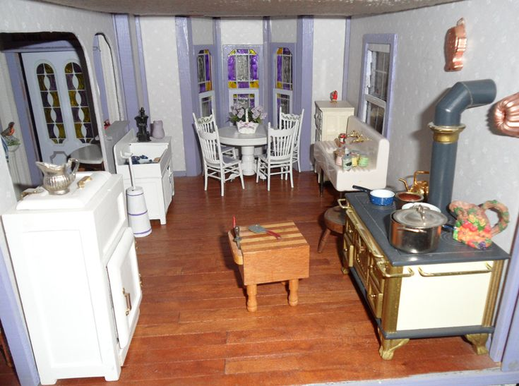 39 Best Dura Craft Heritage Dollhouse Images On Pinterest Doll Houses Dollhouses And Play Houses