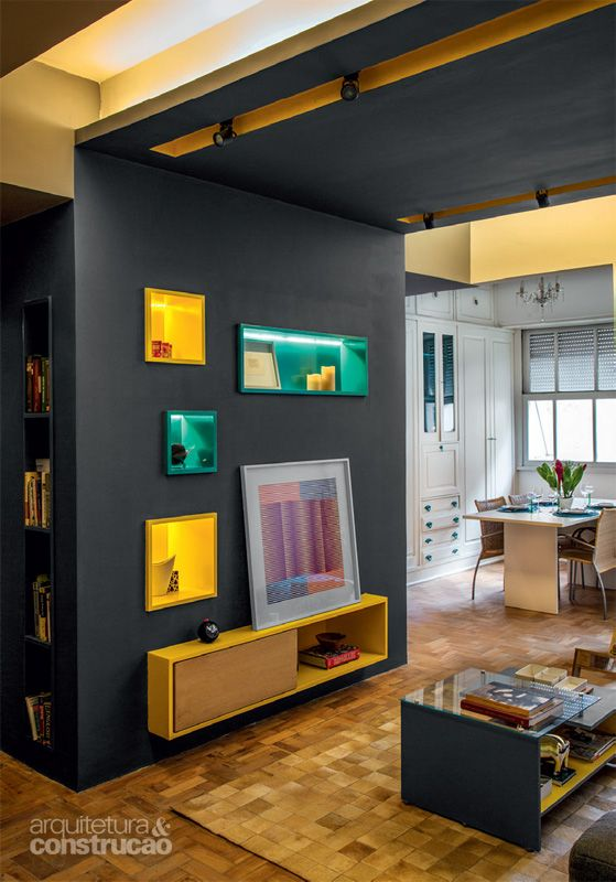 Apartamento de 85 m² brinca com tons de azul, amarelo e cinza - Casa