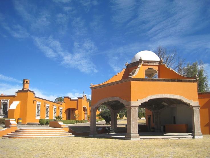 BBr, venta casas Querétaro, renta casas Querétaro: Finca c/pista de Equitación info click pic