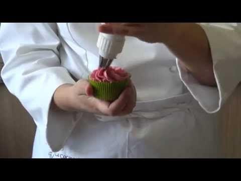 Curso de Cupcakes: Cobertura de Chocolate Puro - YouTube