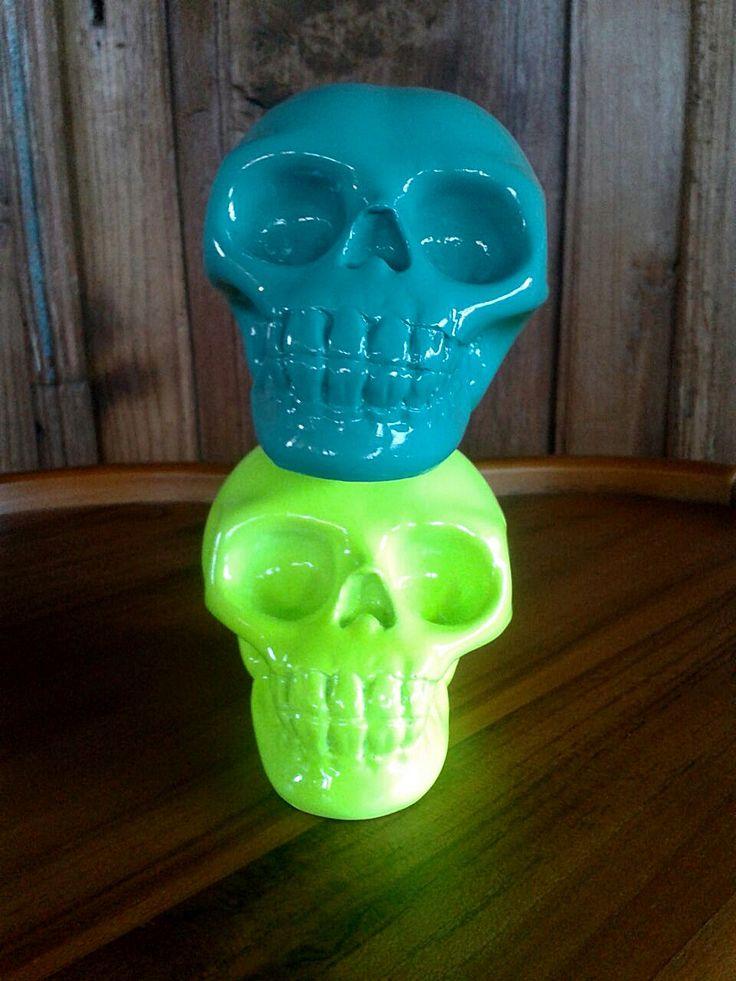 Colorful skulls, Tan Living