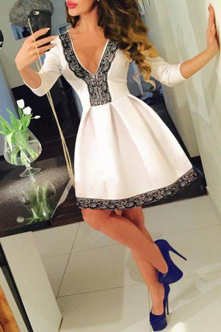 Sexy Plunging Neck 3/4 Sleeve Lace Spliced Pleated Mini Dress For Women