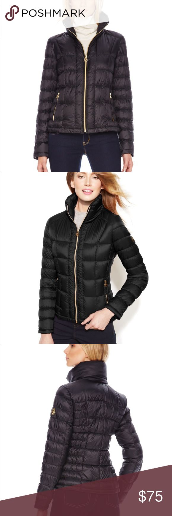 Michael Kors short puffer coat in black XS Like new. Down filling. Michael Kors Jackets & Coats