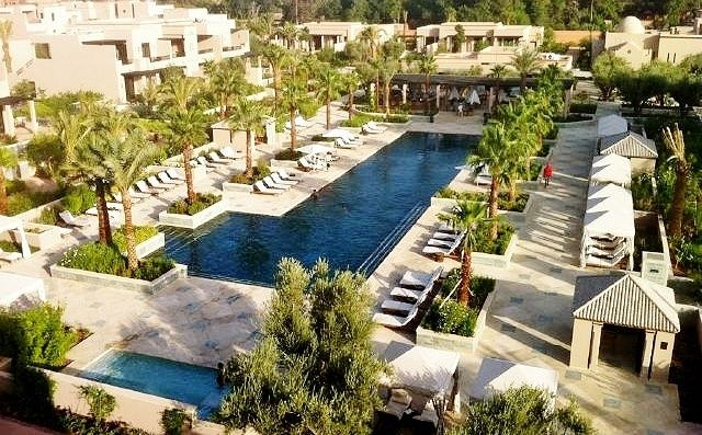 The quiet pool of Four Seasons Resort Marrakech