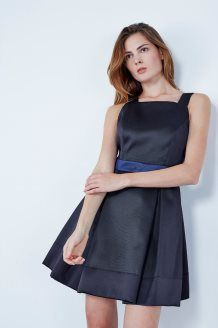Robe patineuse<BR>Noir