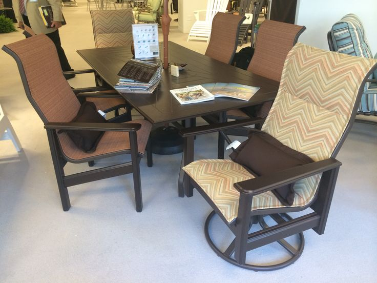 Hampton Padded Sling MGP Outdoor Patio Furniture By Windward Design Group. ( Chicago Casual Market