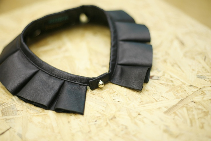 COLLAR ROBA.A012  *easy way to sharpen up a blouse/shirt?*