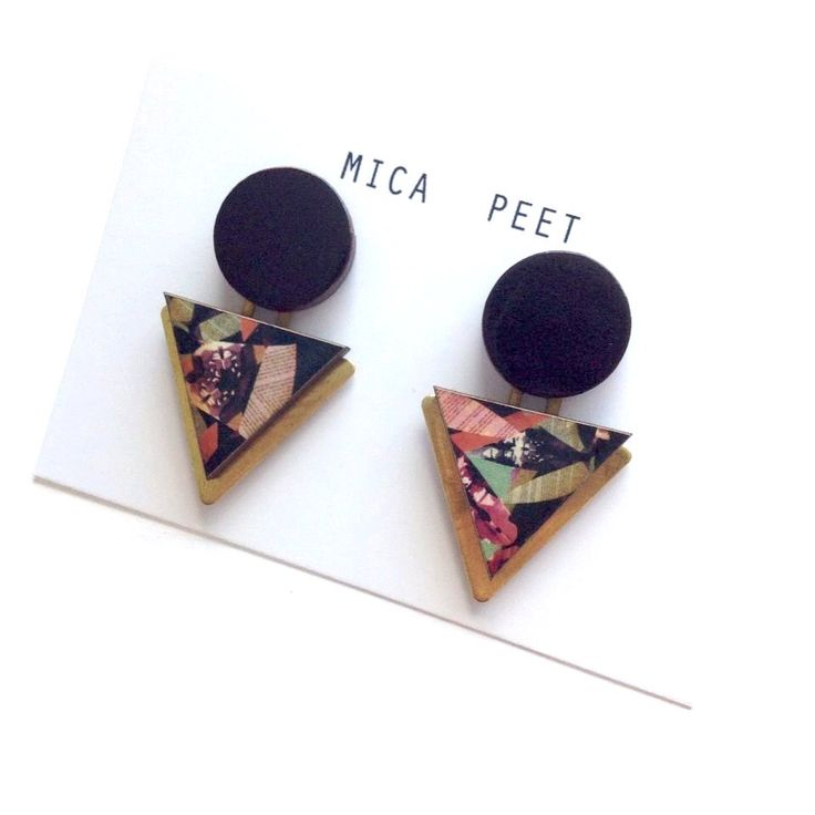 Statement Triangle & Circle Geometric Earrings / Studs - insect Patterned Laser Cut Wood Geometric Jewellery Triangle Jewellery door MicaPeet op Etsy https://www.etsy.com/nl/listing/198735510/statement-triangle-circle-geometric