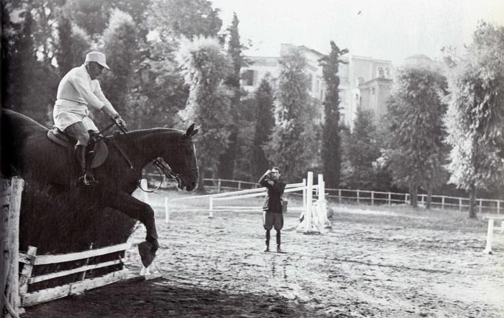 Bento Mussolini Villa Torlonia