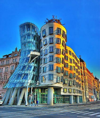 87 besten futuristische architektur bilder auf pinterest futuristische architektur moderne - Futuristische architektur ...