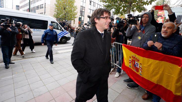 Katalanen-Chef Carles Puigdemont spielt mit Justiz Katz und Maus - Politik Ausland - Bild.de
