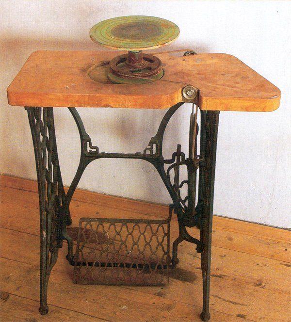 Гончарный самодельный станок из ножного привода швейной машины