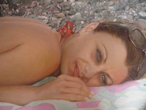 """""""Ragazza al mare"""" by Francesca Licchelli - dipinto originale - olio su tela - misure: 40 x 30 cm. - anno: 2008 - Collezione privata #originalpainting #oilportrait #customportrait"""