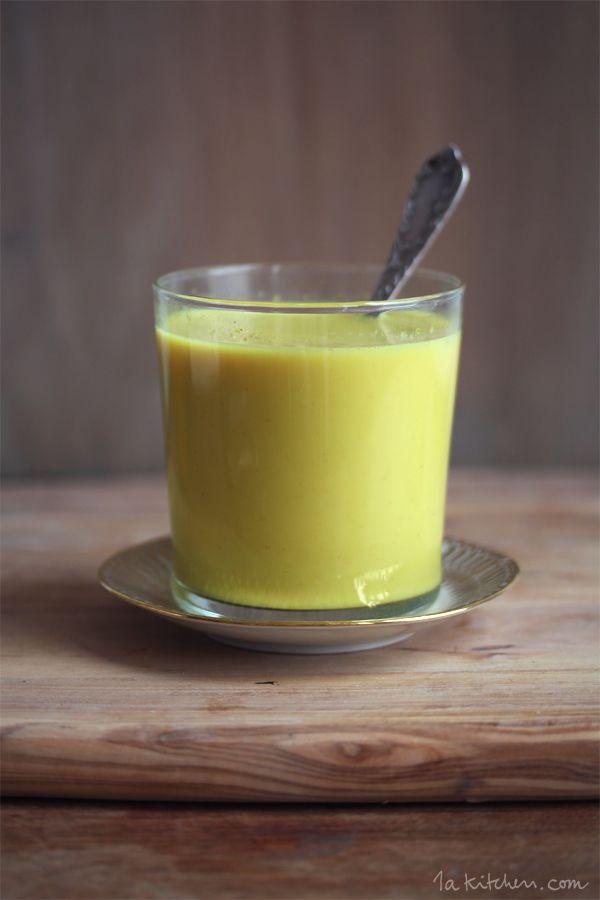 Goldene Milch - nutze die Heilwirkung von Kurkuma und schwarzem Pfeffer