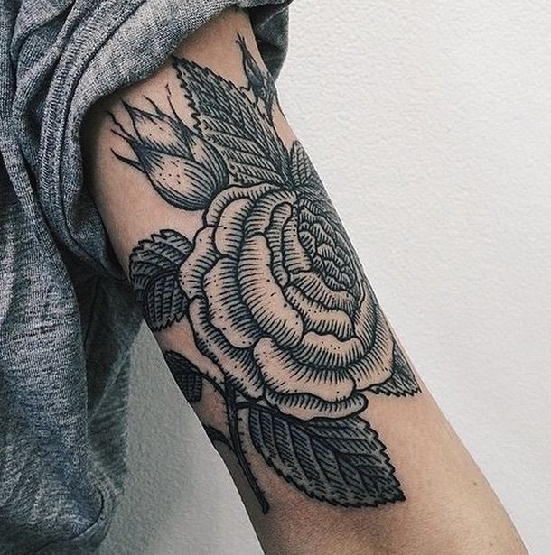 Les 31 meilleures images du tableau tatouage femme sur le bras sur pinterest id es de - Tatouage femme sensuelle ...