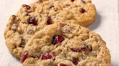 [3.30.12] Otis Spunkmeyer Cranberry Oatmeal Cookie Recipe ... possibly the best of its kind.