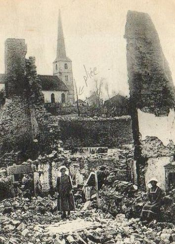 WWI, 1915, Taintrux, Vosges. Ruins of the village. -Delcampe