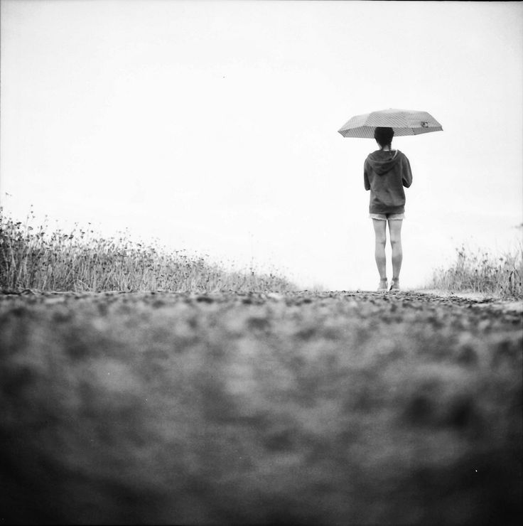 https://flic.kr/p/rhDdua | Summer rain | Taken with Yashica D TLR, hand processed and scanned.