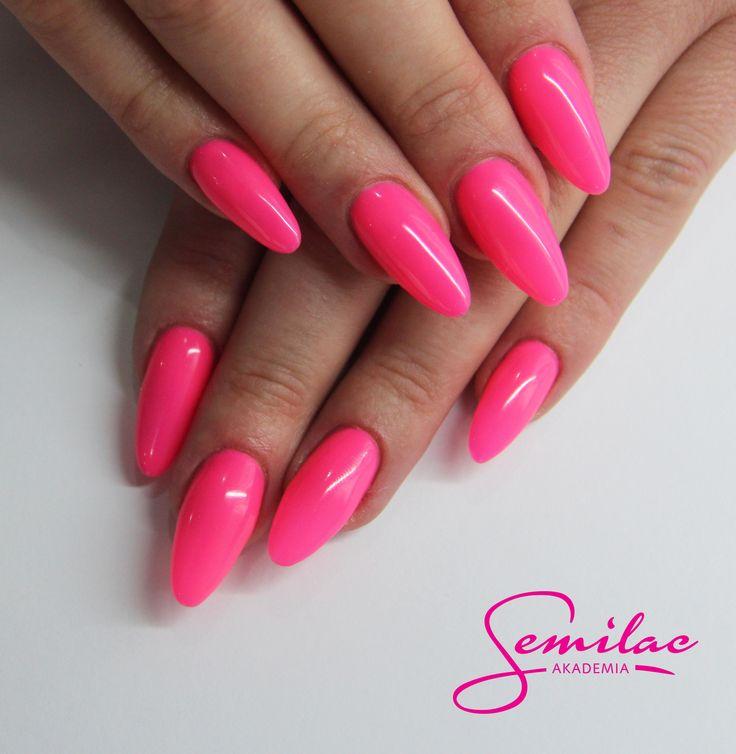 #pinknails #semilac #longnails #gelnails #neon