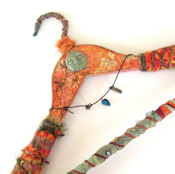 17 best images about coat hangers on pinterest wire for Coat hanger art projects