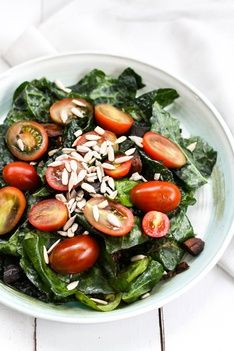 Dried apricot and Kale Salad Recipe #healthy #vegan