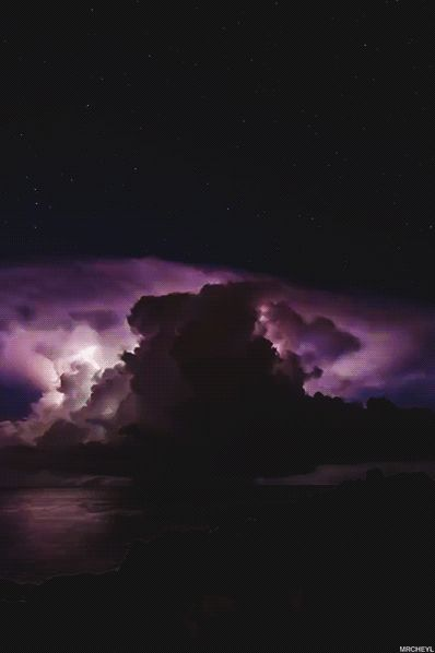 Purple cloud storm........felt like this today son, so angry. Spoke to a nice girl in hairdressers, she did my shoulders, muscles hurt so much she listen, bless her while I talked about you, and seen your little video of us at the garden centre. See I have always said Angels walk this earth.〰❤️〰❤️〰❤️5.11.2015