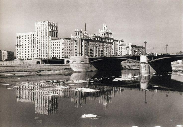 Dogomilov embankment, 1955