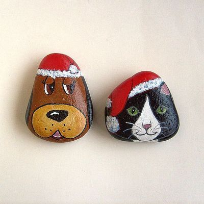 Santa pets painted rocks set - free usa shipping