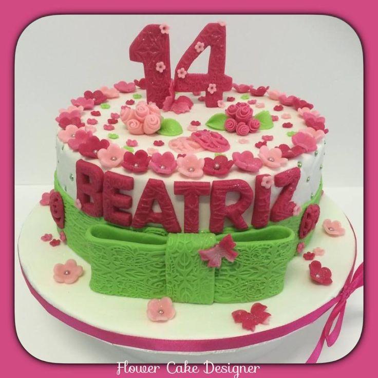 FLOWER CAKE DESIGNER: ´Bolo de Aniversário de menina
