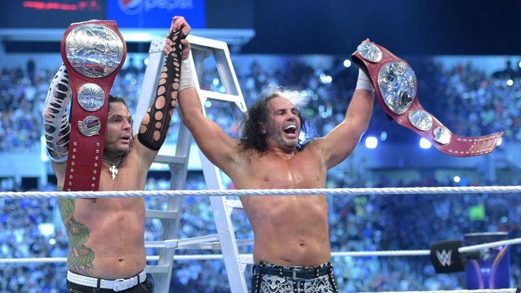 #TheHardyBoyz aparecen en .@IWCWrestling | Fans Club Oficial WWE Chile