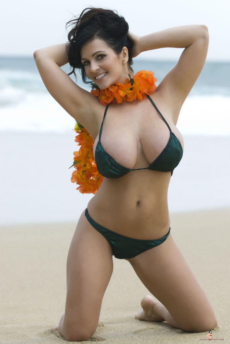 Huge Hawaiian Tits
