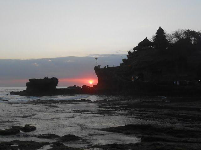 Menikmati Sunset di Tanah Lot Tabanan   Rizaltaf.com   Life's for Sharing
