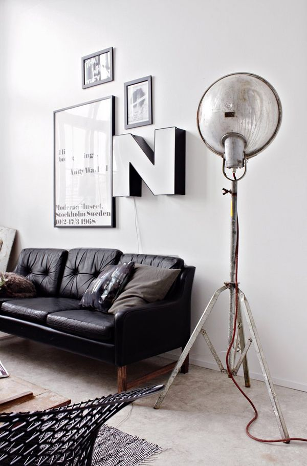 Wall Art, Wall Decor, Big Letters, Interiors Design, Living Room, Black White, Floors Lamps, Industrial Design, Vintage Industrial