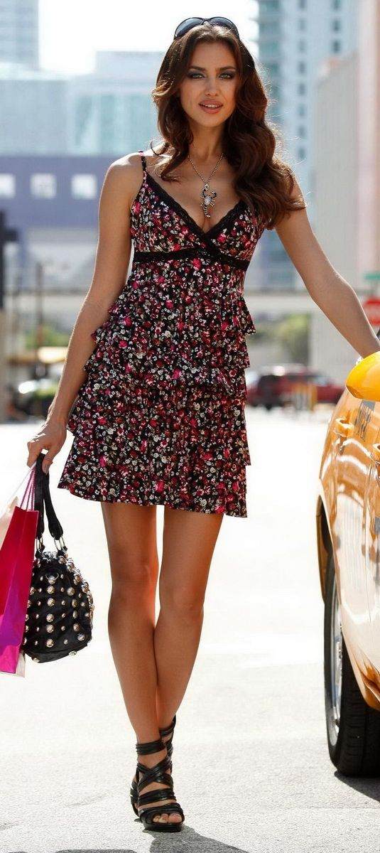 50 Great Irina Shayk Spring - Summer Street Style Outfits — Style Estate