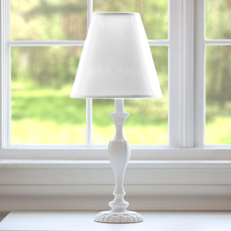 large lamp shades bring much flair into your living space http - Large Lamp Shades