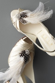 it.Fashion, Dresses Up, Wedding Shoes, Roaring 20S, 20S Style, Weddingshoes, Feathers, Bridal Shoes, Shoes Clips