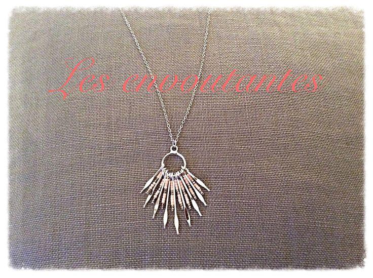 Sautoir argenté avec pendentif tiges de perles miyuki rose nude : Collier par les-envoutantes
