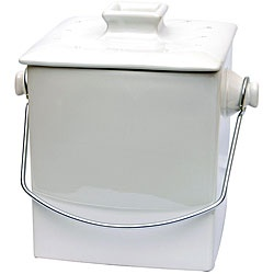 being green never looked so good as with this ceramic compost pail this white ceramic compost pail with a silver handle is so attractive that no one will