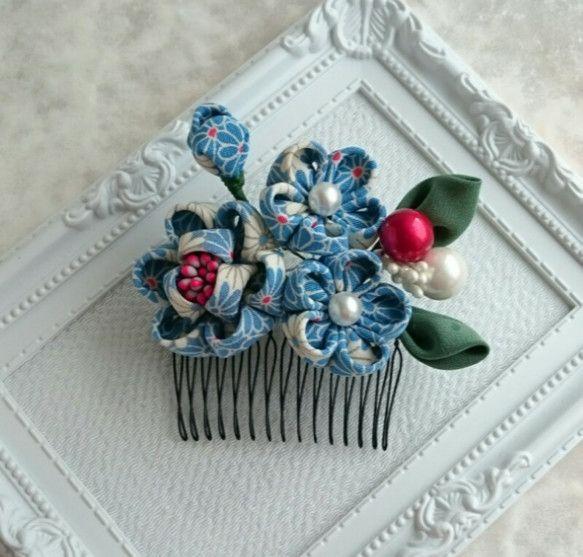 つまみ細工の髪飾りとUピンのセット(正絹着物地)