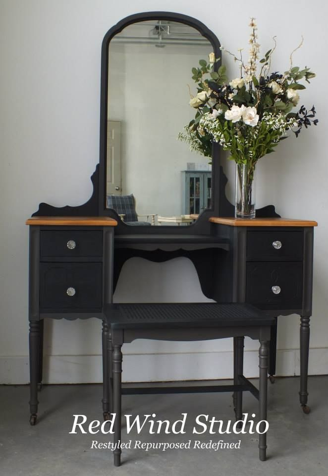 Bring it all together and voila the little black dressing table  What lovely lady wouldn Best 25 Black tables ideas on Pinterest Diy makeup