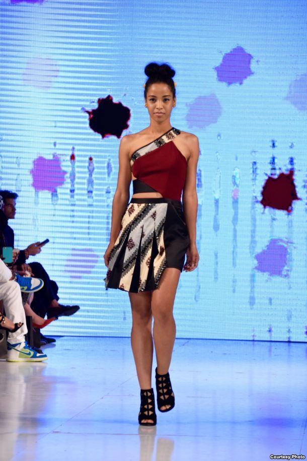 Koleksi Tenun Garut di Los Angeles Fashion Week - GALABERITA
