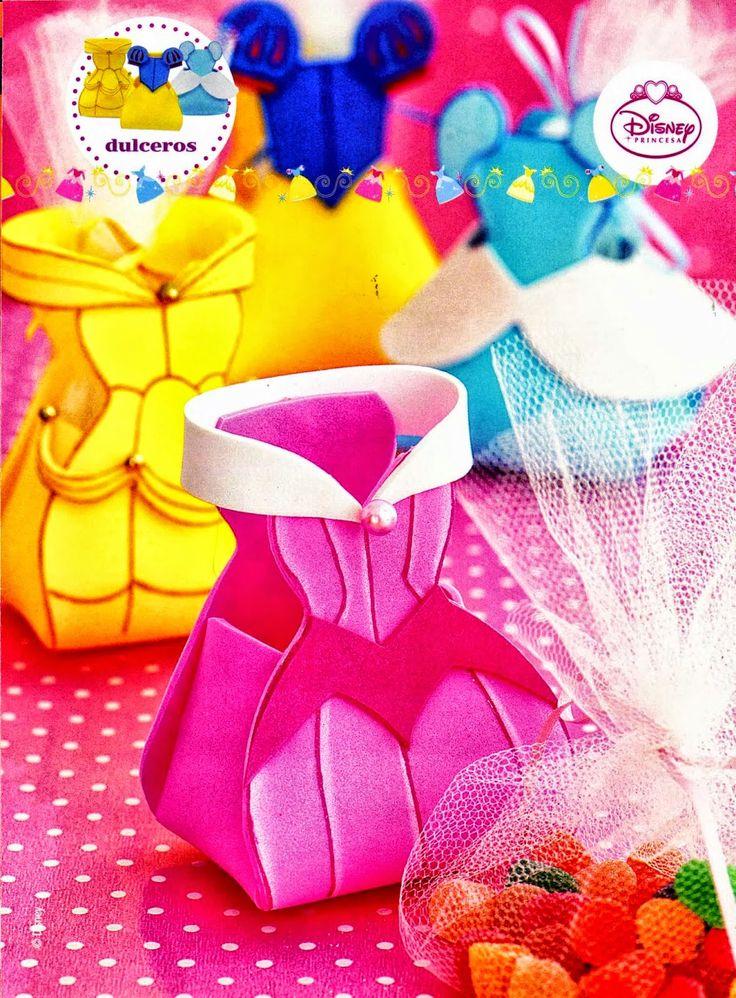 17 best images about goma eva fofuchas foamy fofuchas on - Como hacer adornos para fiestas ...