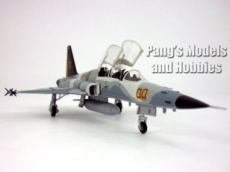 Northrop F-5F Tiger II Snipers 1/72 Scale Diecast Metal Model by Hobby Master