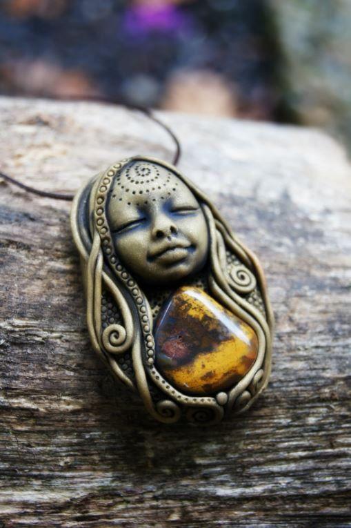 Collier de jaspe de déesse. Mise à la terre. OOAK. par TRaewyn, $170.00