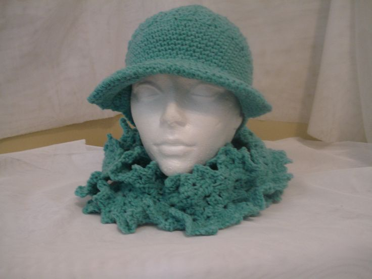1930's inspired Crochet Ladies Hat with scarfs. https://www.facebook.com/roz.coaccessories
