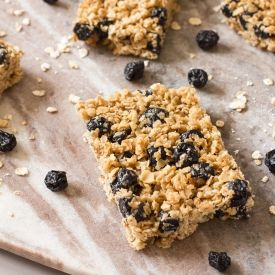Blueberry Granola Bars [anniesnomsblog]