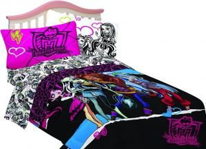 Monster High Ghouls Rule Comforter