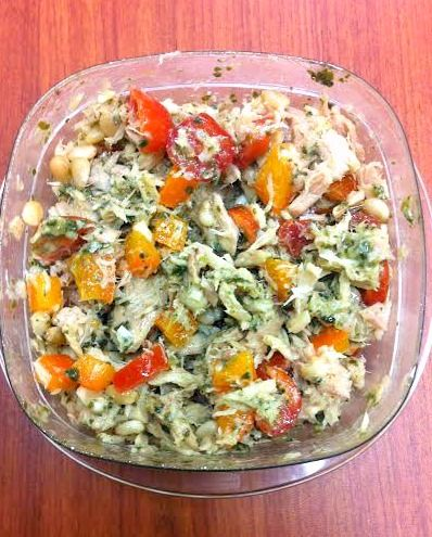 2-Minute Paleo Tuna Salad -- 100 pesos . . . add either garbanzo beans or pasta noodles to make it a little heavier.
