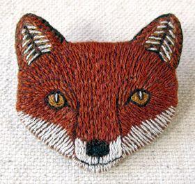 kittens with mittens: Finn the Fox Brooch...